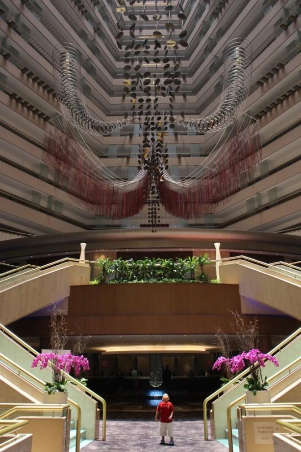 menuju lobi hotel