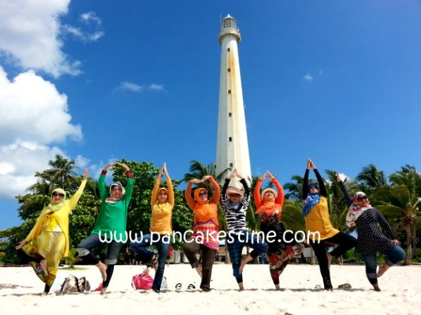 1 petik foto di mercusuar Pulau Lengkuas